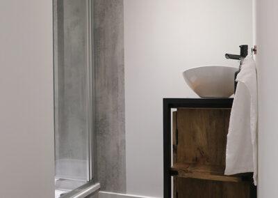 Frisse moderne badkamer ons vakantiehuisje