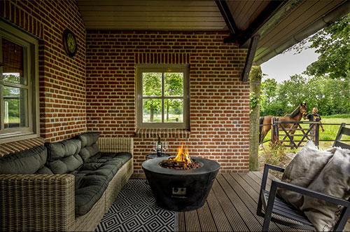 Vakantiehuis met heerlijk terras met haard